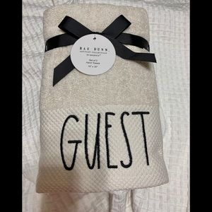 Rae Dunn  guest towels set of 2 NWT